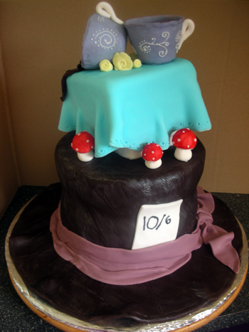 My Mad Hatter cake in all its glory