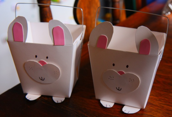 Cute bunny Easter baskets made from noodle boxes. 