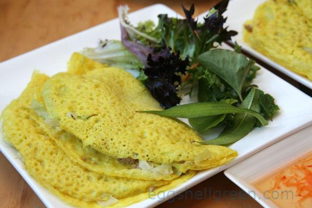 Vietnamese pancakes banh xeo