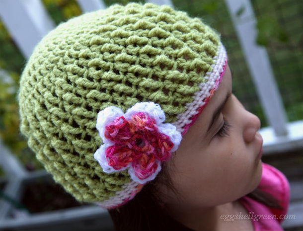 Pretty kids textured crochet hat with flower