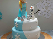 Elsa and Olaf birthday cake