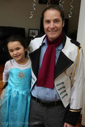 Elsa and Hans dress ups