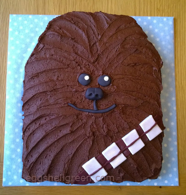 An Easy Chewbacca Cake For A Star Wars Party